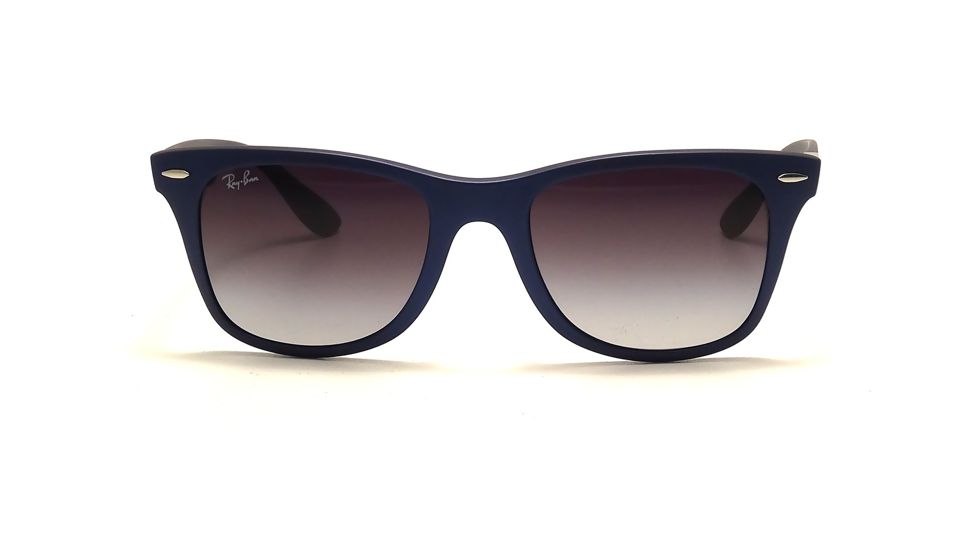 eed5f2e529a19 Ray Ban Rb4195 52