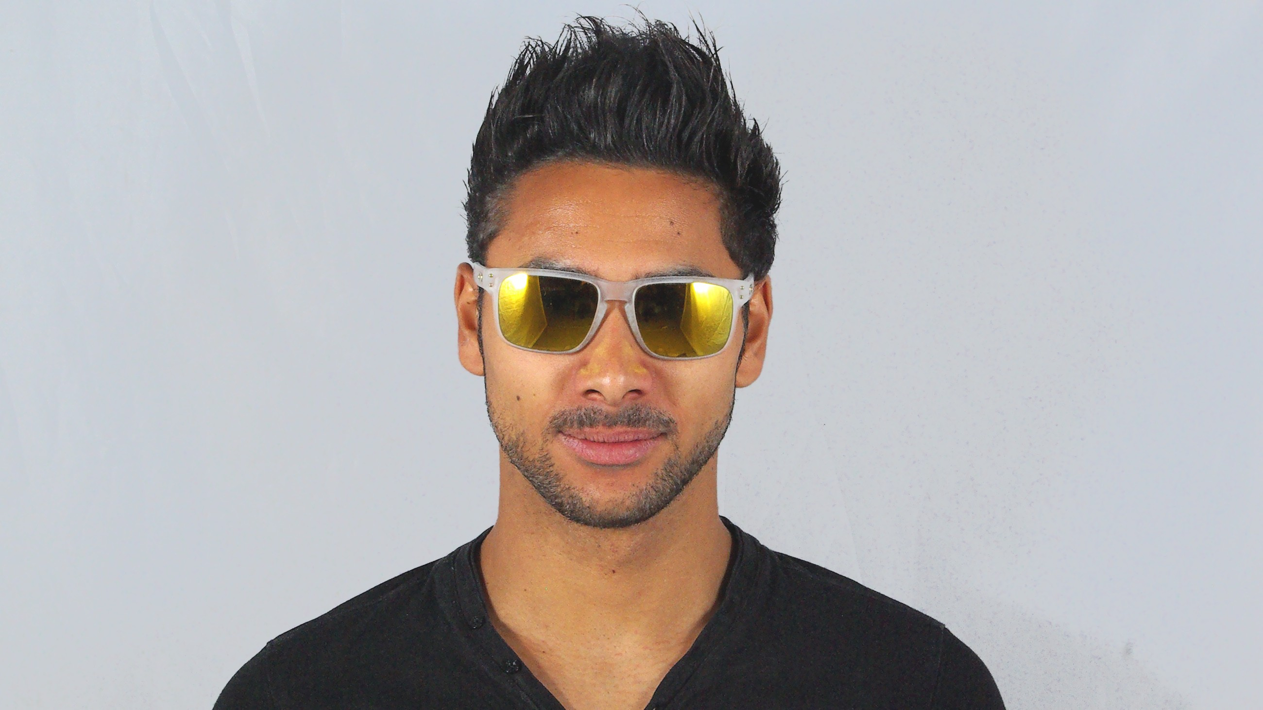 af9953d80f Sonnenbrille Oakley Holbrook Polished Black 24k Gold Iridium ...