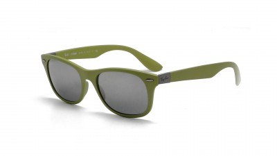 Ray-Ban New Wayfarer Liteforce Vert RB4207 6099/88 52-17 99,92 €