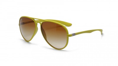 Ray-Ban Aviator Liteforce Liteforce Yellow RB4180 6085/2L 58-13 104,08 €