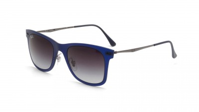 Ray-Ban Wayfarer Light Ray Bleu Mat RB4210 895/8G 50-22 100,75 €