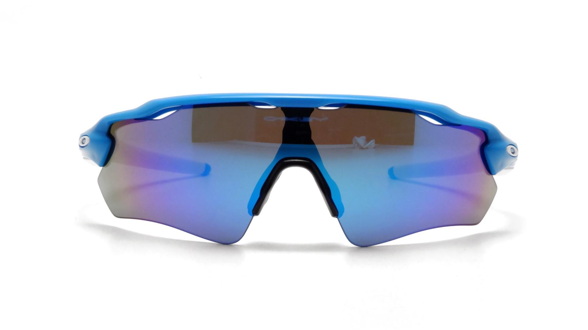 Oakley Bleu