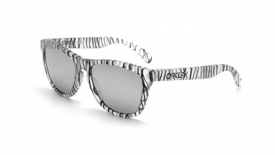 Oakley Frogskins Urban Jungle Grey OO9013 70 55-17 75,00 €