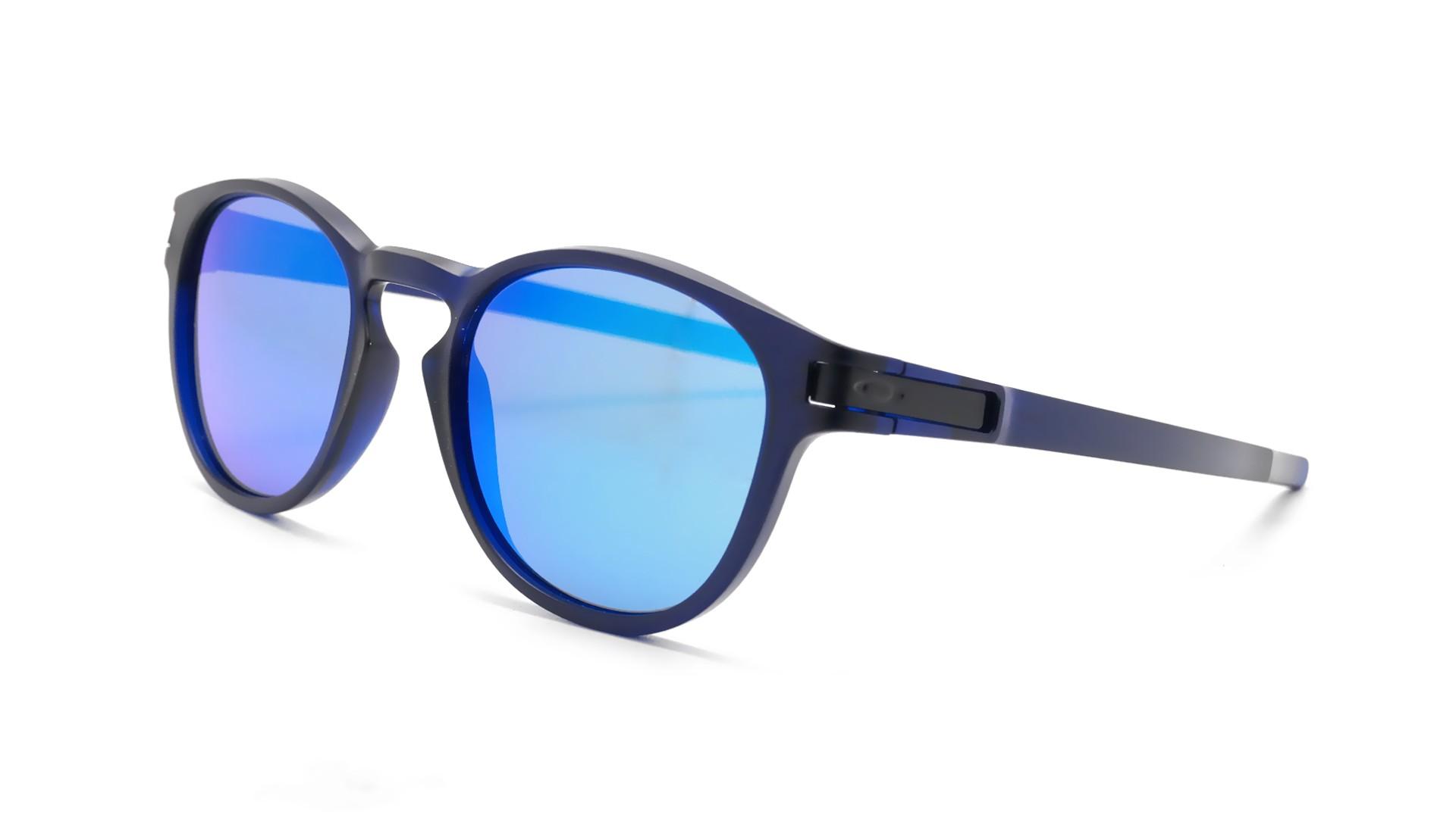 5a97abe5f95b53 lunette de soleil oakley bleu