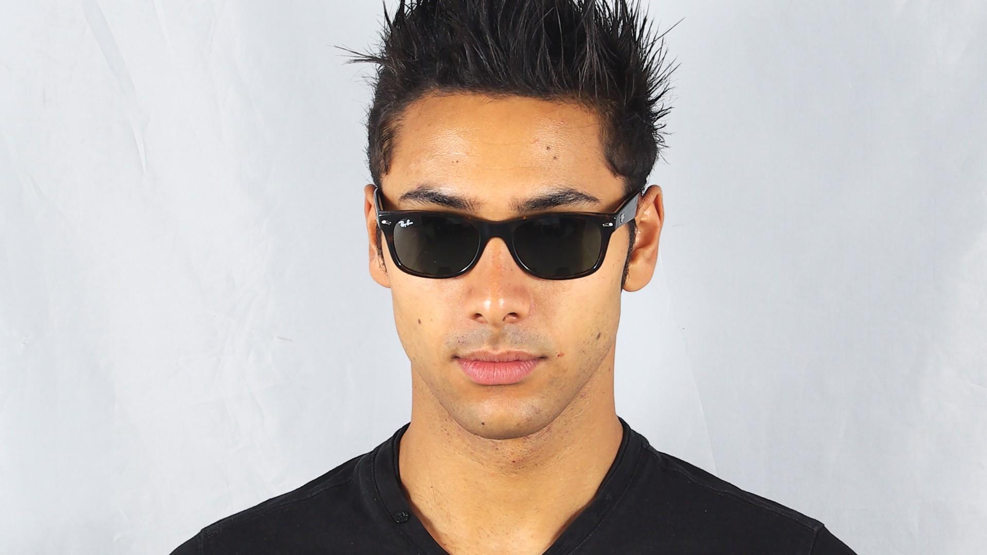 62594d1992ef96 Sunglasses Ray-Ban New Wayfarer Tortoise RB2132 902 52-18 Medium
