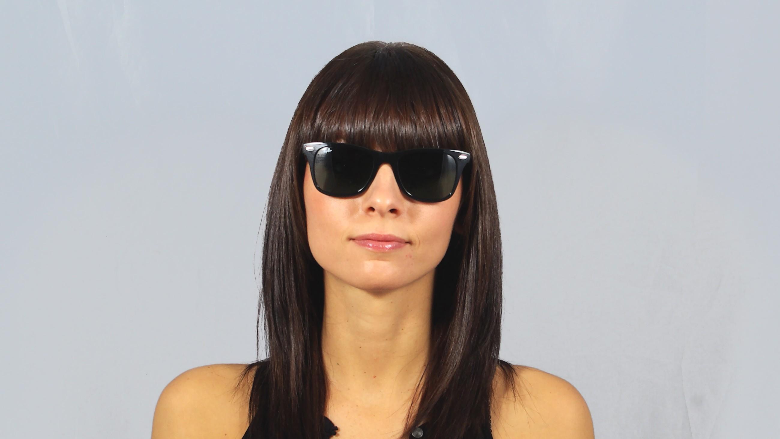 8470269f80a Sunglasses Ray-Ban Wayfarer Liteforce Black RB4195 601 71 52-20 Medium