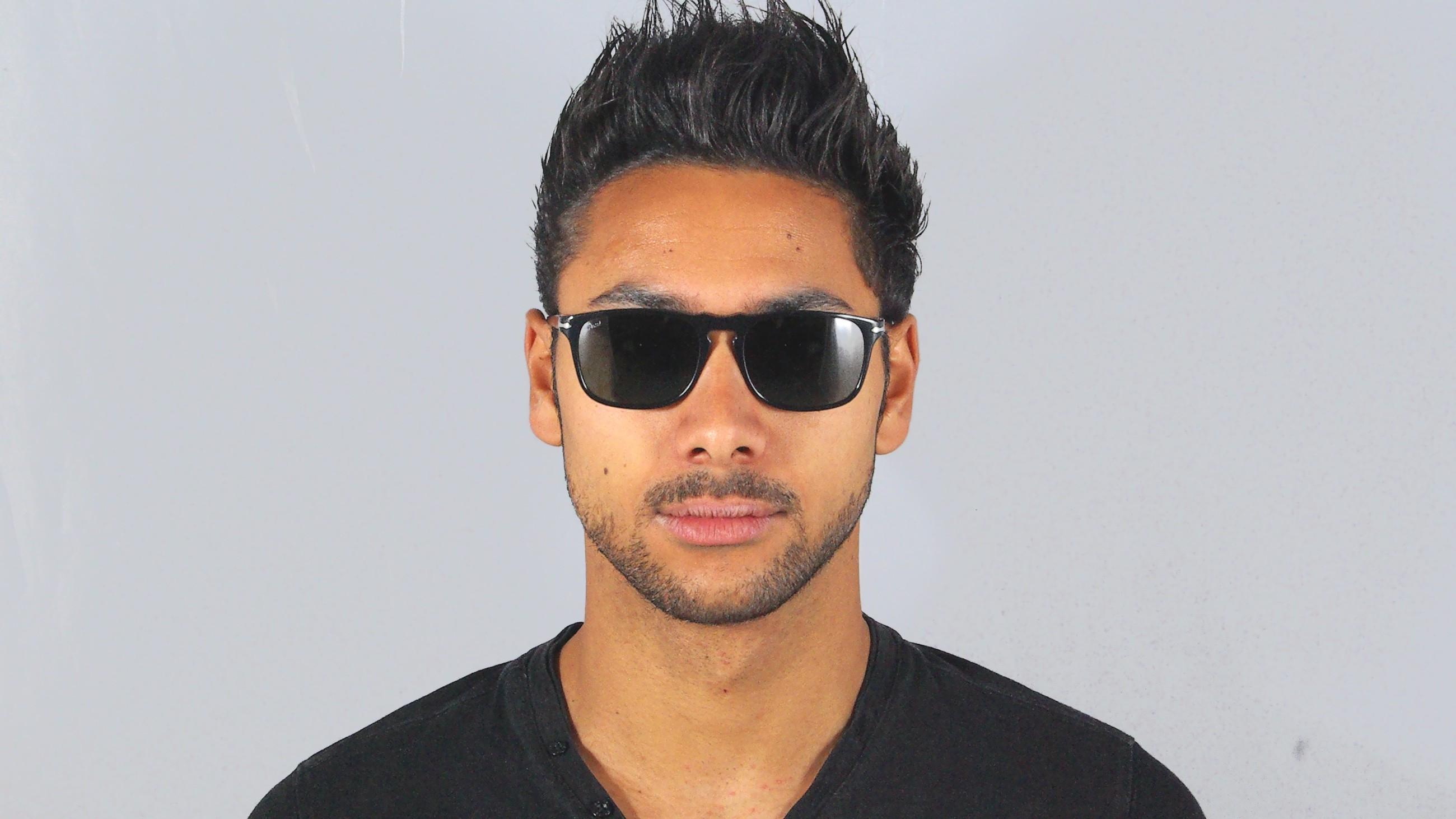 98536f40bb525 Sunglasses Persol PO3059S 95 31 54-18 Black Medium