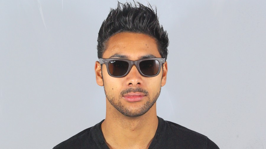 0492b7ec25 Hairstyles for men with beards cool men The original Ray Ban