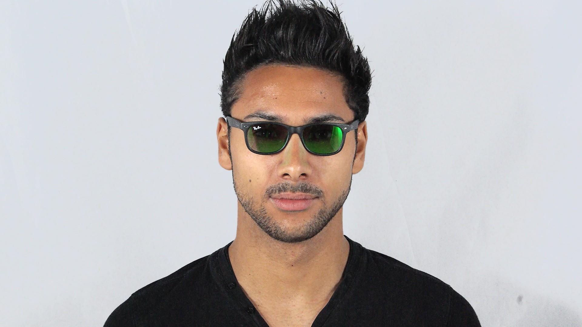 1e80b994380 Sunglasses Ray-Ban Wayfarer Black RJ9052S 100S 3R 47-15 Junior Mirror