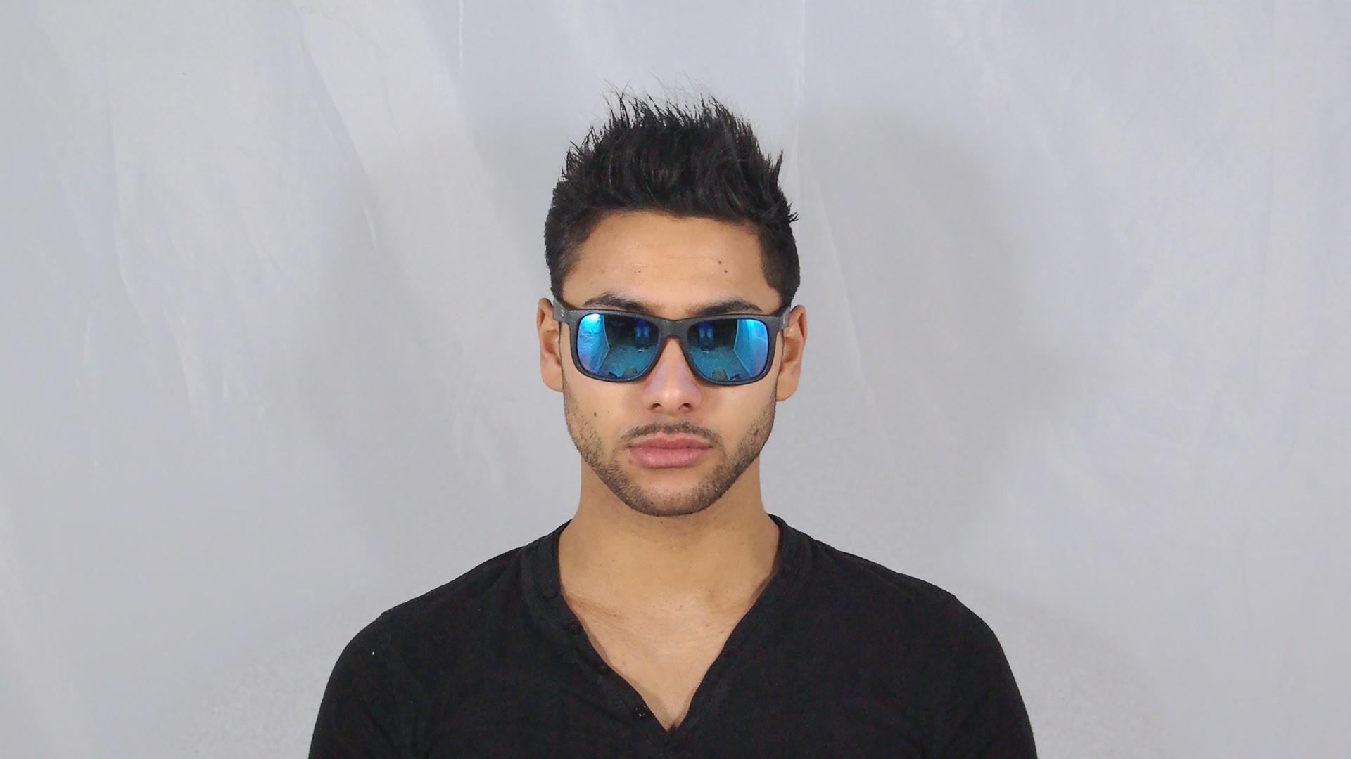 3bfaf20f1c1c02 Lunettes de soleil Ray-Ban Justin Noir RB4165 622 55 55-16 Large Verres  Miroirs Bleus