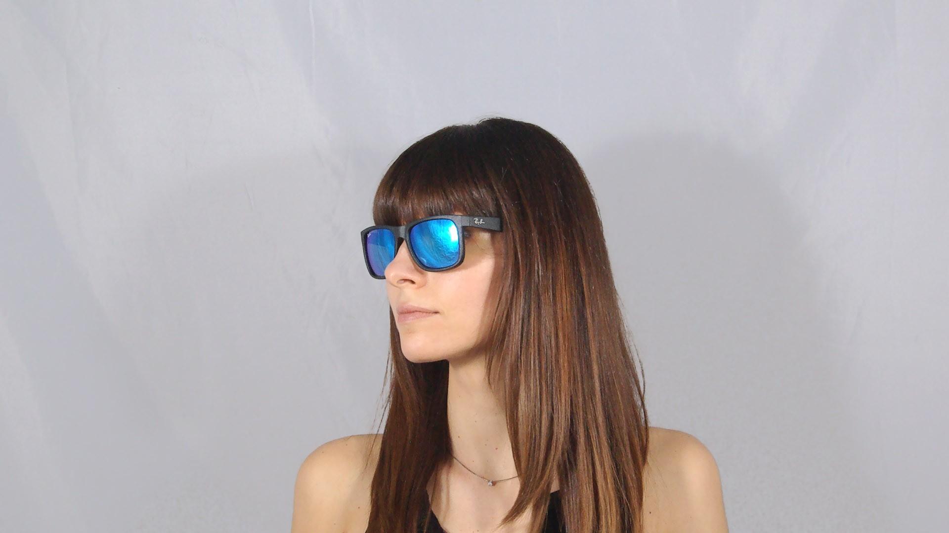 Lunettes de soleil Ray-Ban Justin Noir RB4165 622 55 51-16 Medium Verres  Miroirs Bleus f8b53987b87f
