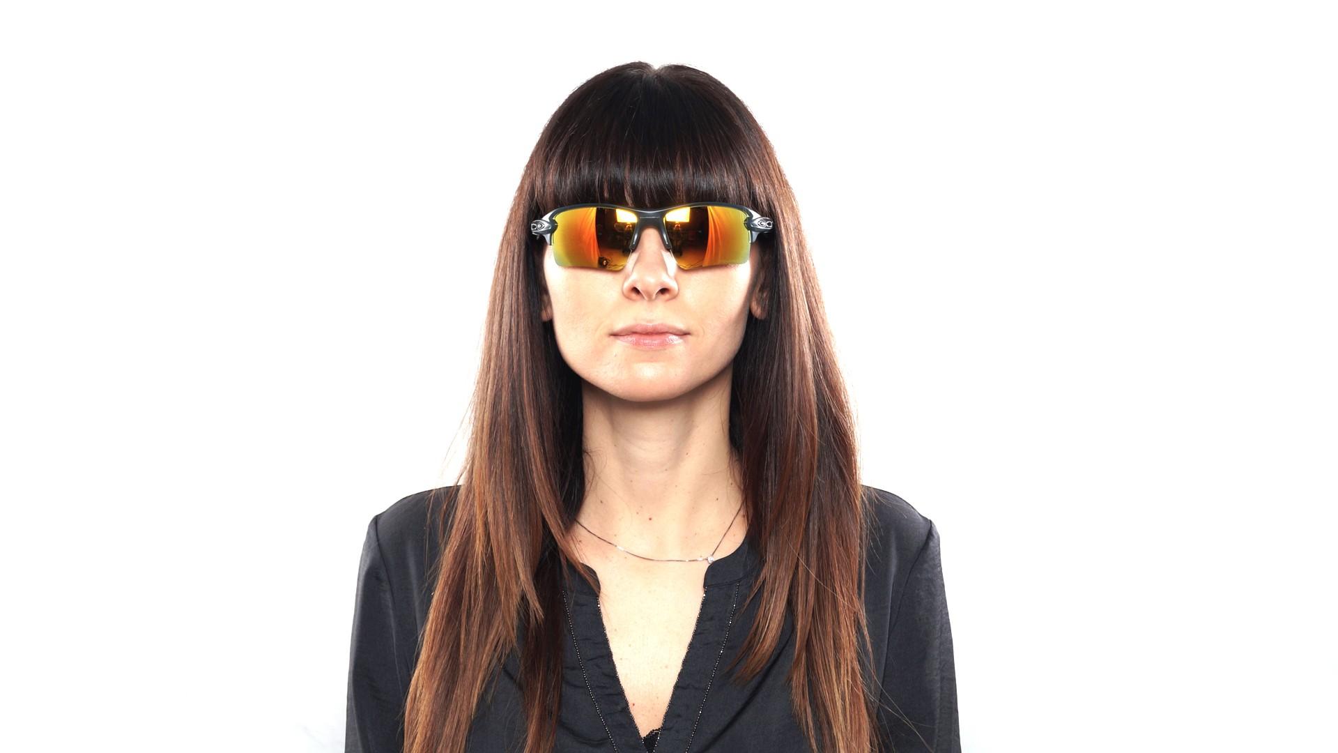 2a764003d72 Sunglasses Oakley Flak 2.0 Xl Grey OO9188 10 59-12 Medium Polarized Flash