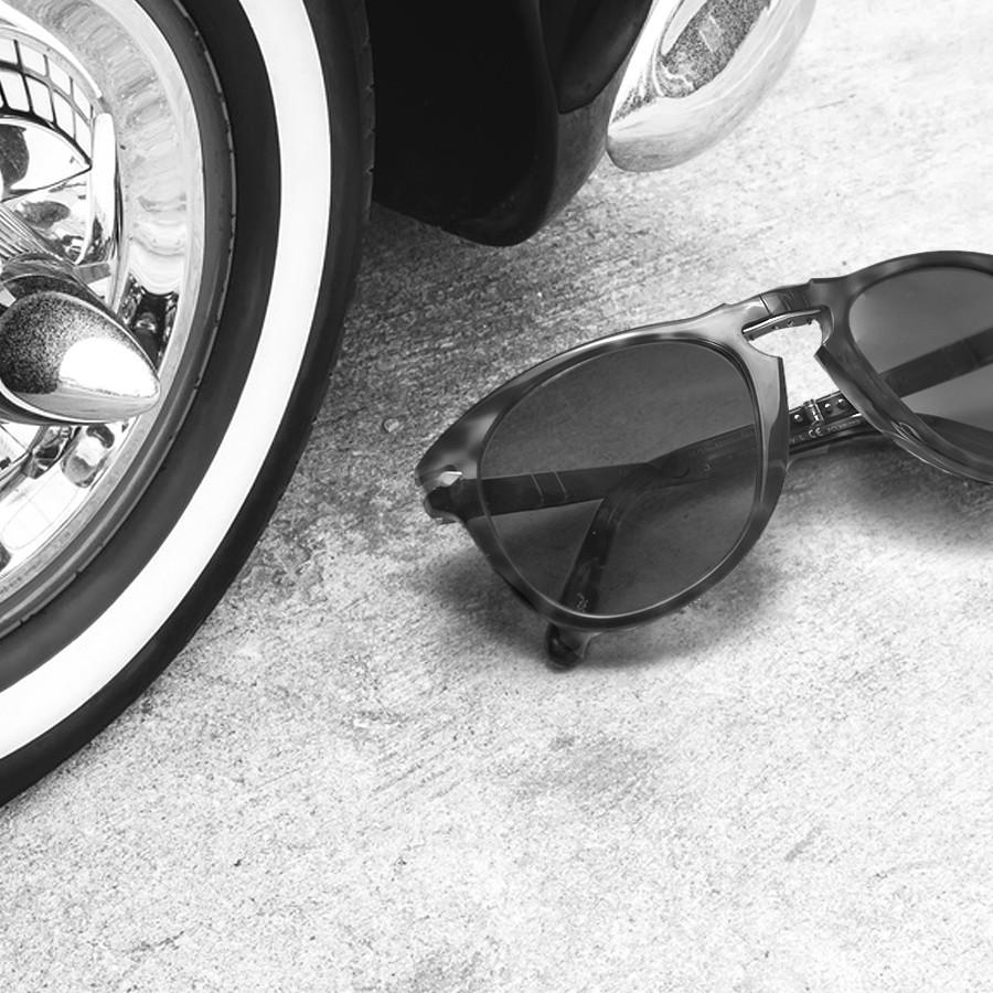 12ea7f16ce7 Persol 714 Folding Sunglasses Steve McQueen PO0714