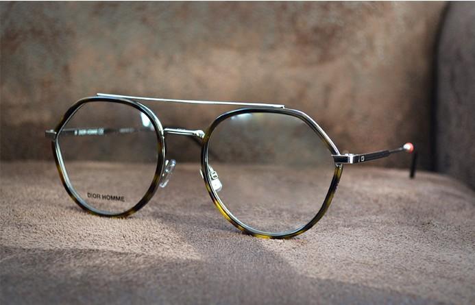 nouveaut s 2018 et 2019 lunettes de vue et montures de. Black Bedroom Furniture Sets. Home Design Ideas