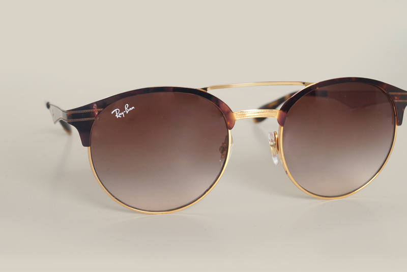 5b504c7dcb New Ray-Ban collection 100% vintage. 17 janvier 2017. 2017 has just started  and here we are   one of our favorite sunnies  brand has just rung the bell  ...